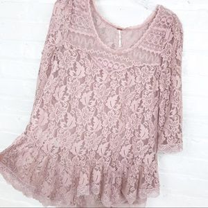 Free People lace rose ruffle top size x-small